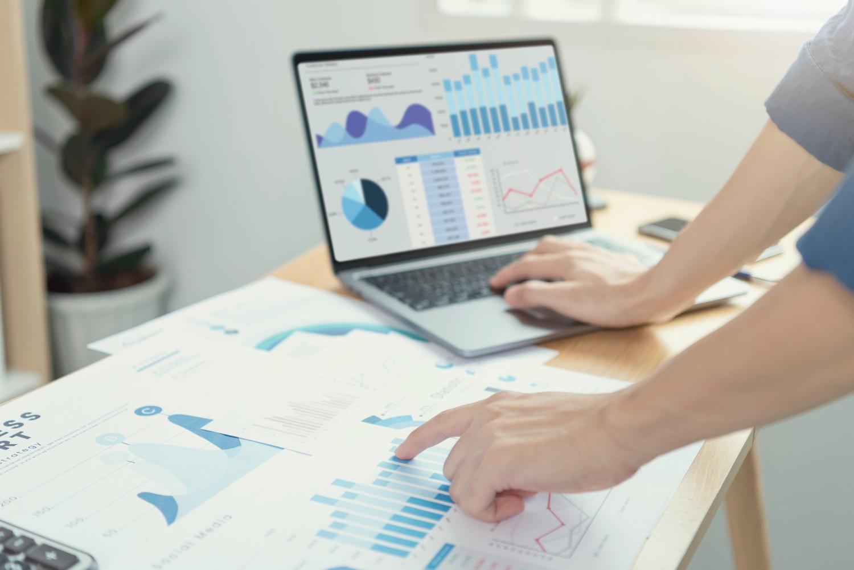 caracteristici informatii financiare
